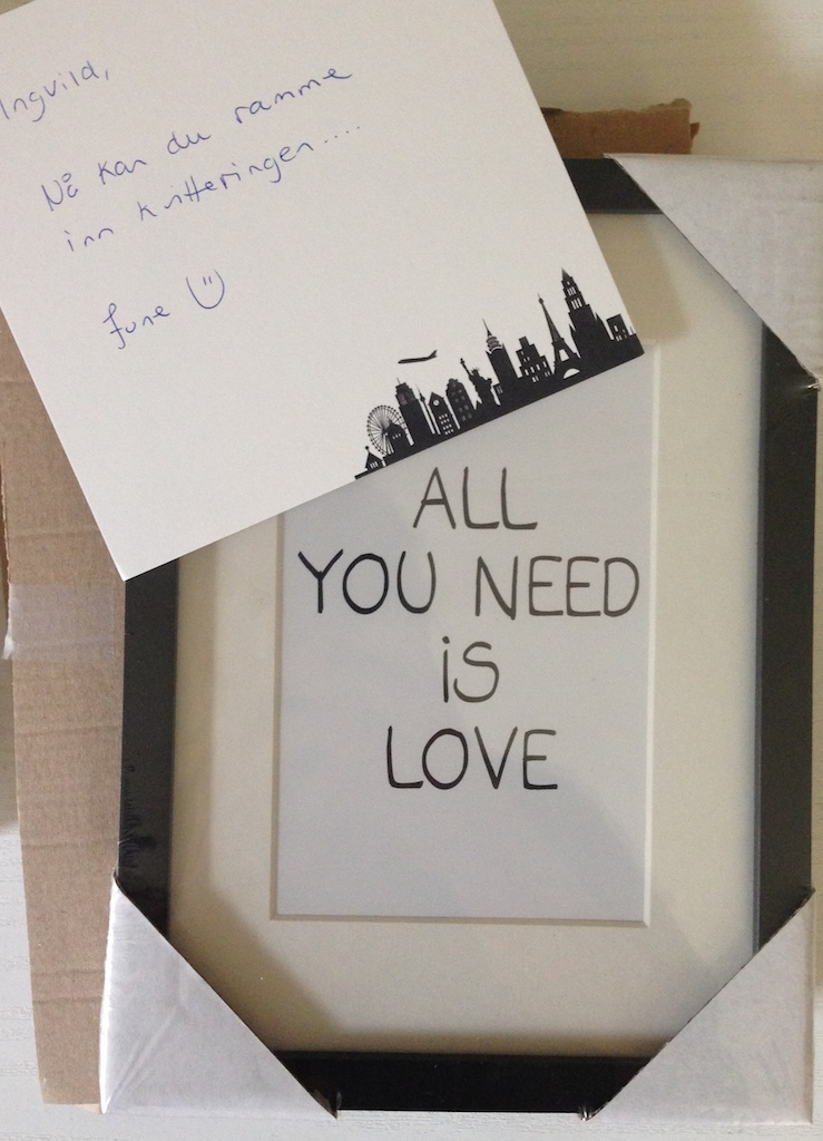 all you need is love sosiale medier june berghansen